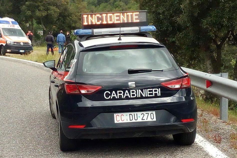 Incidente sul ponte del Taloro, motociclista finisce in fondo a una scarpata