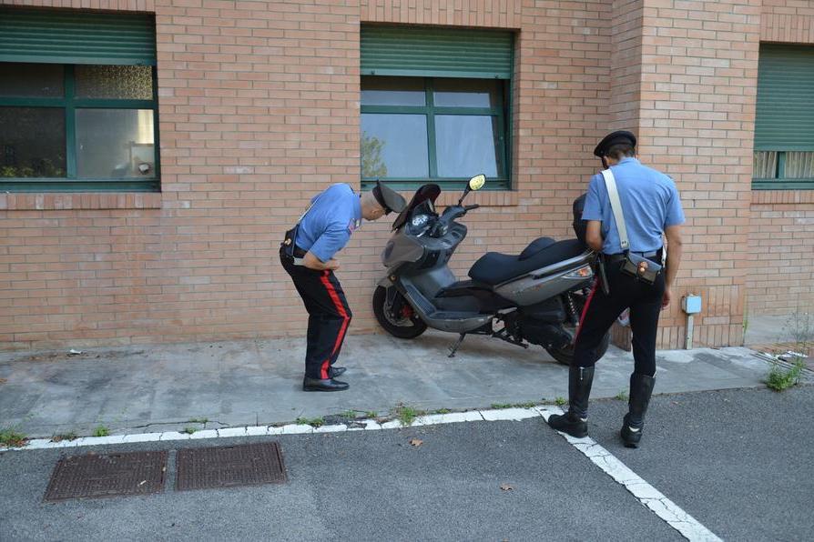 Siliqua, in giro con lo scooter rubato: restituito al legittimo proprietario