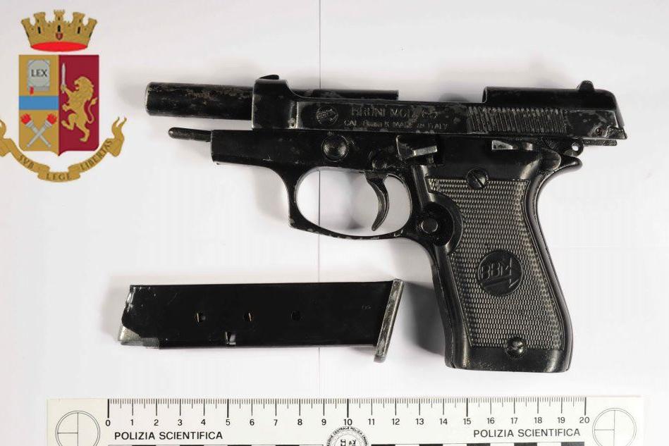 Droga e armi, due giovani arrestati a Lanusei