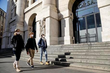 Piazza Affari chiude in negativo: Ftse Mib -0,27%