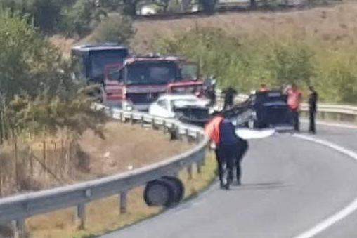 Pauroso scontro a Bolotana: muore un 21enne, tre feriti
