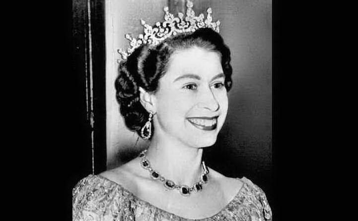 Una giovane Elisabetta (foto Wikipedia)
