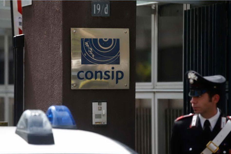 """Consip, il generale Maruccia ascoltato dai pm: """"Persona informata sui fatti"""""""