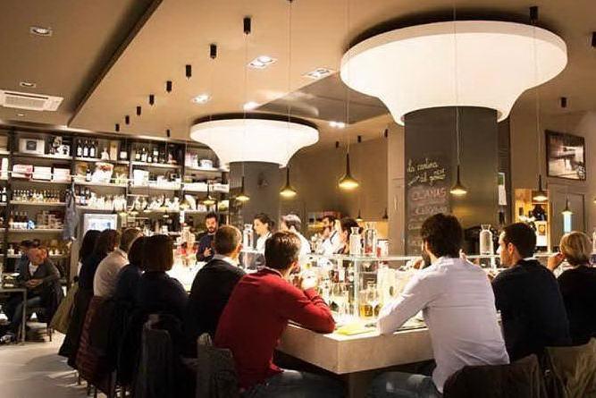 Cucina.eat, ospiti in ristorante (immagine tratta dalla pagina Fb di cucina.eat)