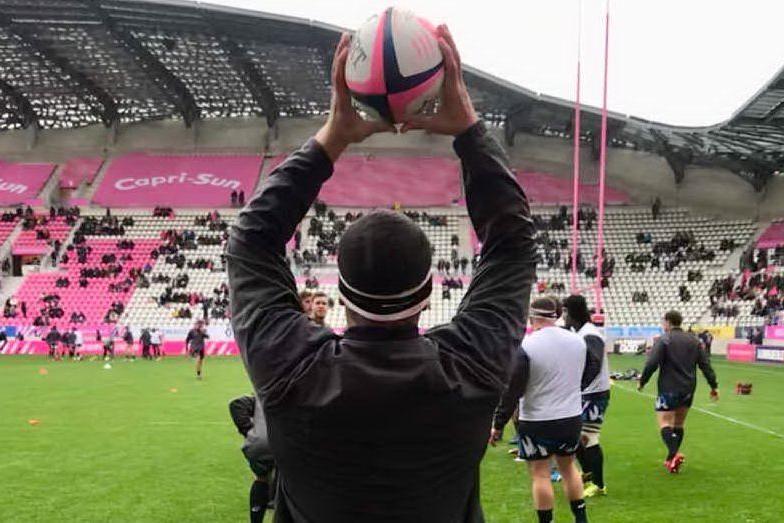 Promessa del rugby muore dopo uno scontro in campo