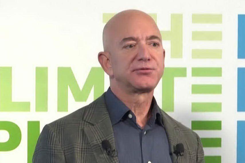 Bezos è di nuovo il più ricco del mondo