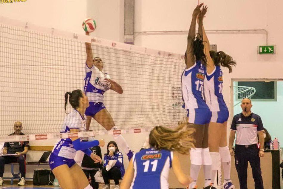 Volley, contro il Pinerolo l'Hermaea Olbia manca il bersaglio