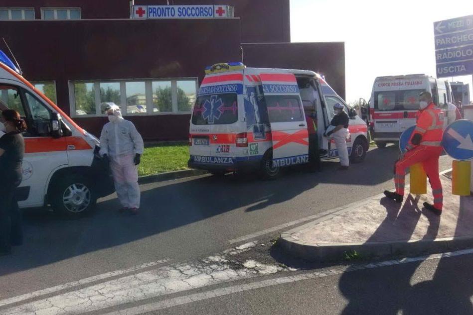 Disastro San Martino nell'emergenza Covid, indaga la Procura
