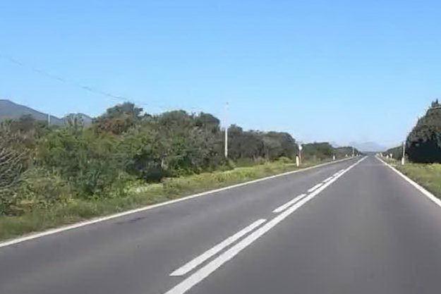 Allerta virus, la strada deserta verso la Costa Verde