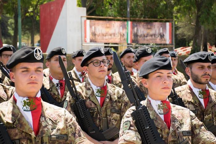 Il rientro della Brigata Sassari dall'Afghanistan (Ansa)