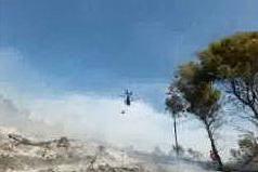 Segariu, incendio in pineta: l'intervento dell'elicottero