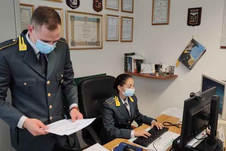 Traffica cocaina e ricicla denaro sporco a San Marino: sardo in manette