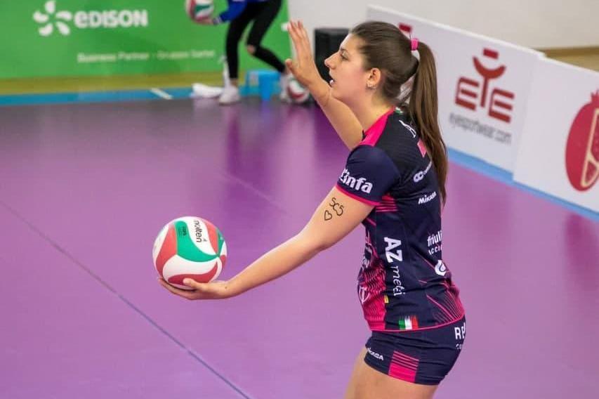 Volley, il nuovo centrale dell'Hermaea Olbia è Karin Barbazeni
