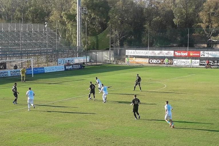 L'Olbia ribalta la Viterbese 3-2: doppio Udoh e Biancu