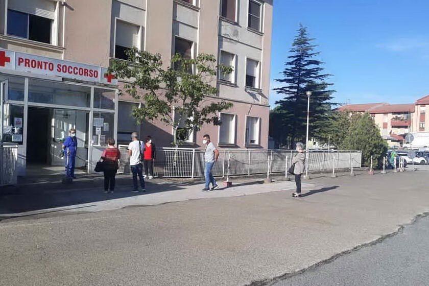 Ospedale San Giuseppe di Isili, negativi i primi 25 tamponi eseguiti sul personale