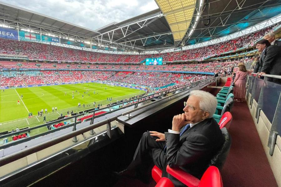 Sergio Mattarella allo stadio di Wembley (Ansa - Quirinale)