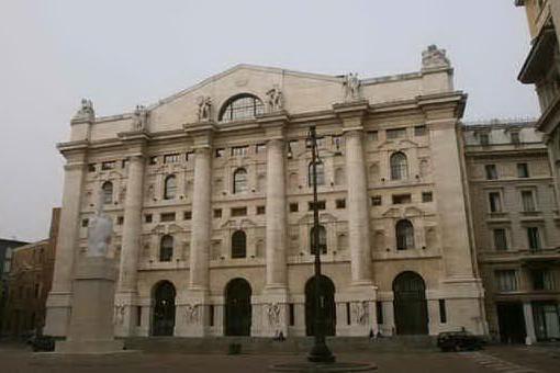 La Borsa: chiude in pari Milano. Bene Ubi, Leonardo e Uniopol