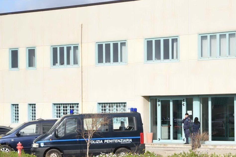 Bancali, 15 agenti della Penitenziaria (amministrativi) positivi al Covid-19