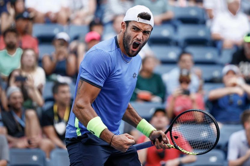 Us Open, Berrettini ai quarti: sulla sua strada c'è ancora Djokovic. Out Sinner contro un grande Zverev
