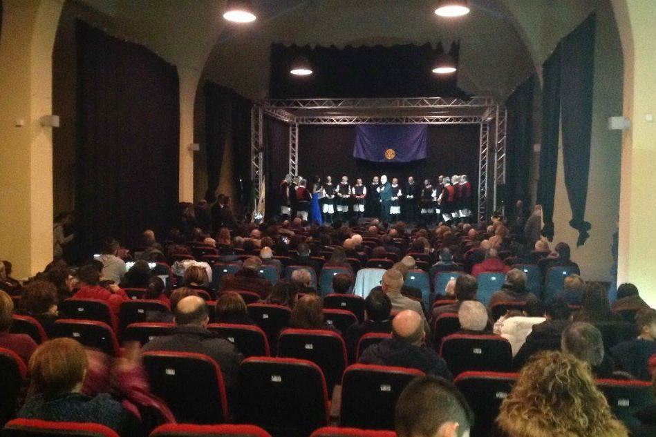 Macomer, musica e solidarietà salgono sul palco