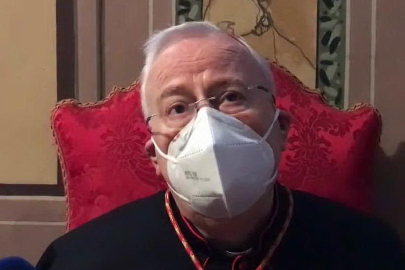 """Covid, il cardinale Bassetti: """"È il Natale più bello della mia vita"""""""