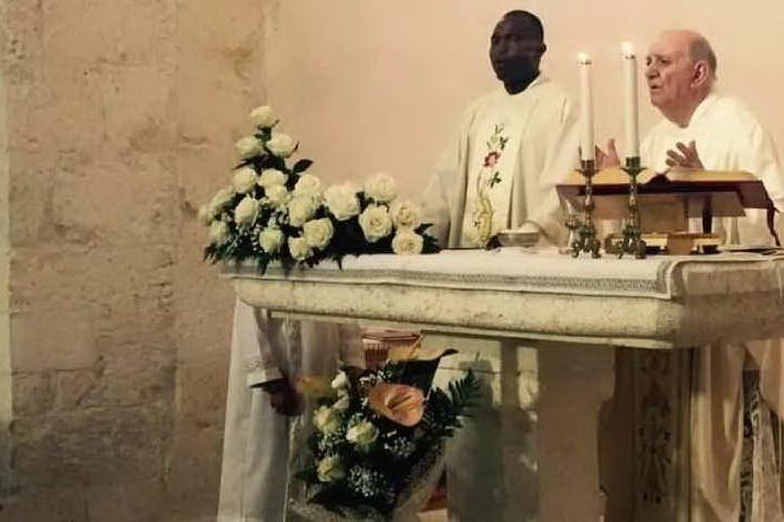Porto Torres: l'ultimo saluto a don Manconi