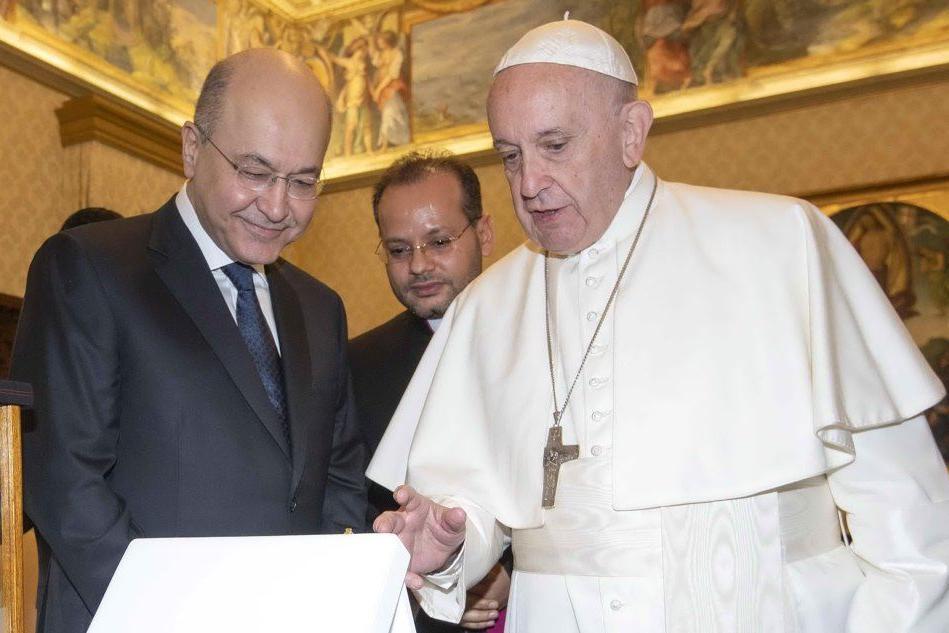 """""""Meglio essere atei che andare in chiesa e odiare gli altri"""". Siete d'accordo con il Papa?"""