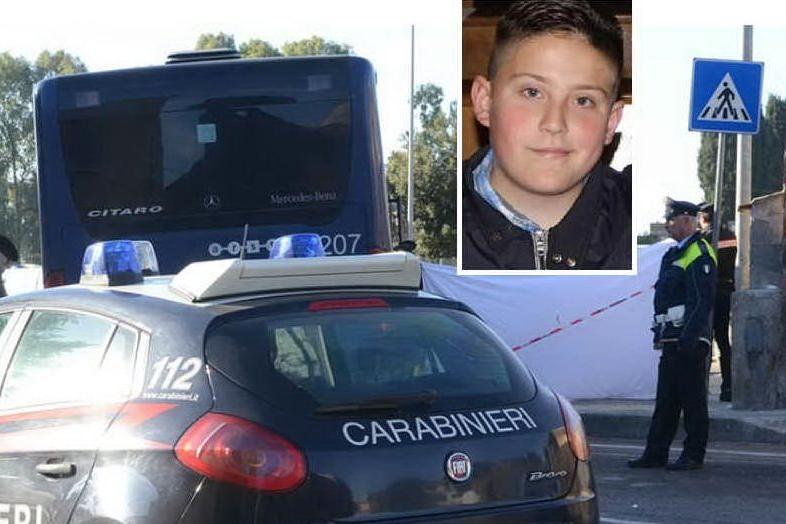Ittiri: il saluto commosso ad Antonio, travolto e ucciso dal bus