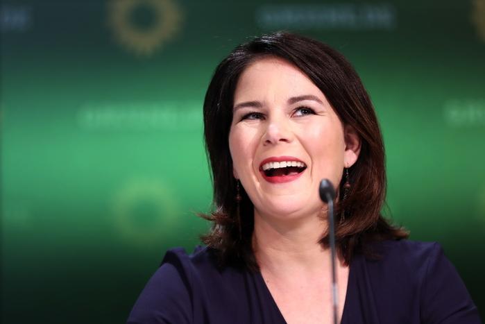 Verdi, via libera alle trattative per il governo con Spd e liberali
