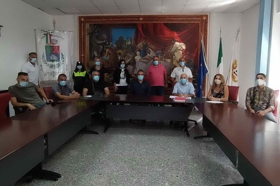 Il sindaco e la sua squadra (Foto A.Caria)