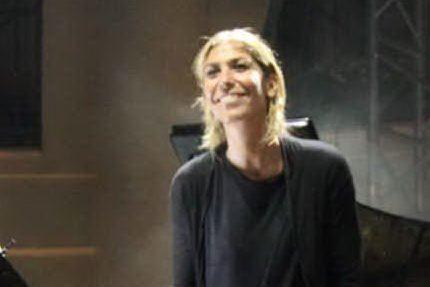 """""""La musica cambia"""": la svolta di Stefania Graziani dopo il lockdown in Sardegna"""