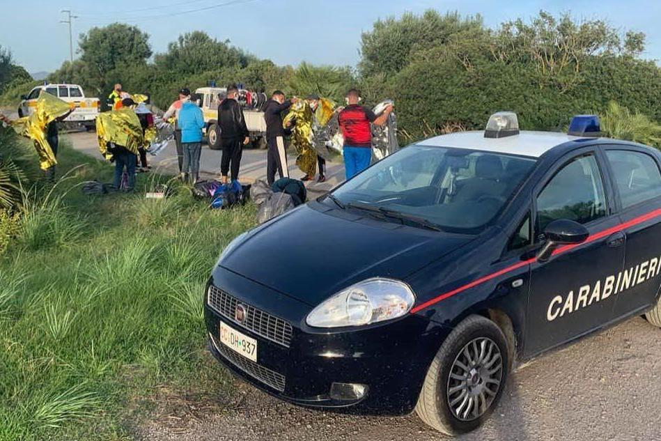 Nuovo sbarco di migranti a Sant'Antioco e Porto Pino