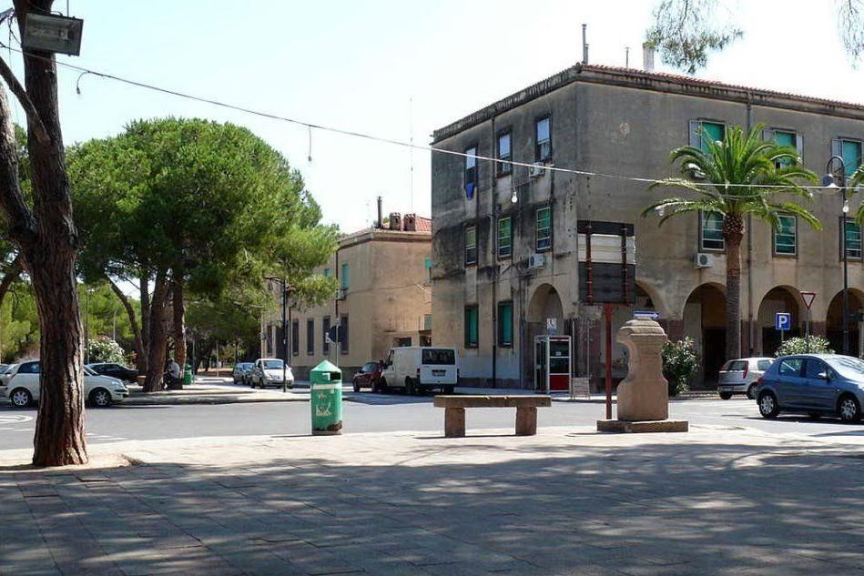 Calci e pugni a un senegalese: aggressione razzista ad Alghero