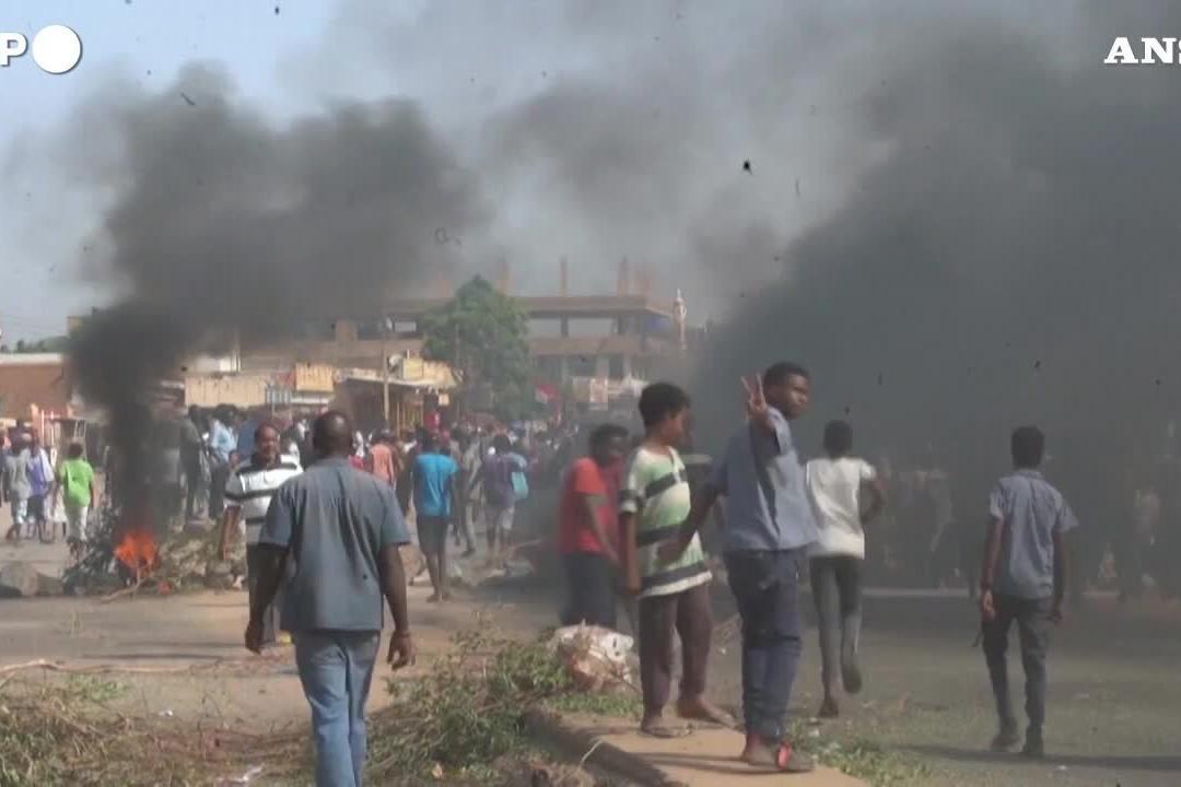 Sudan, lungo corteo di protesta contro il golpe