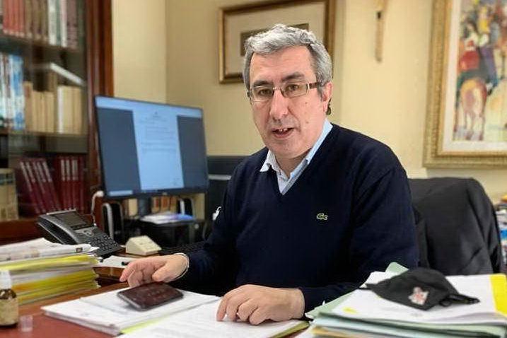 """Pranzo """"proibito"""" a Sardara, a Mandas si chiedono le dimissioni di Oppus dalla carica di sindaco"""