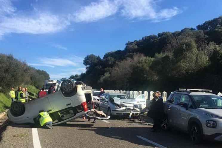 Le auto coinvolte nell'incidente (foto polizia stradale)