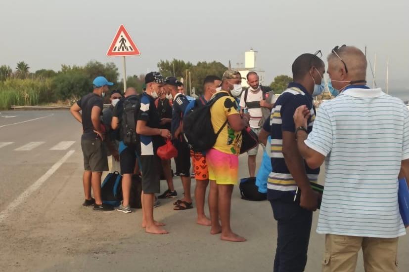 Riprendono gli sbarchi, in 25 approdano sulle coste del Sulcis