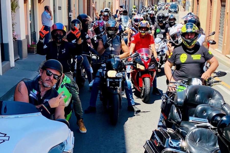"Muravera, i motociclisti ""Balentes"" e ""Legionaries"" invadono il paese"