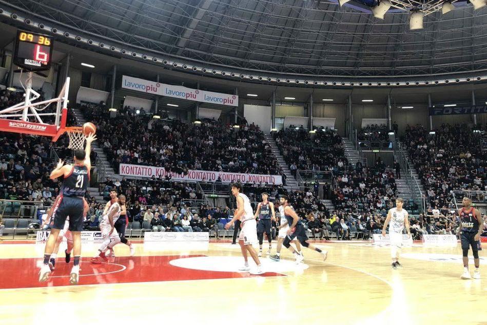 Bologna amara per l'Academy: cagliaritani sconfitti 80-65