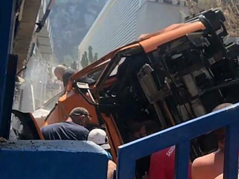 Autobus precipita a Capri: morto l'autista, 28 feriti
