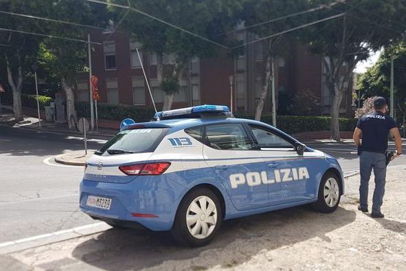 Cagliari, spacciain piazza San Michele: arrestato 28enne