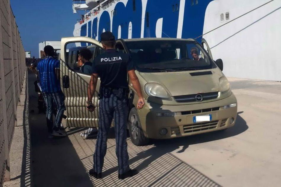 Migranti, sempre più critica la situazione a bordo di Open Arms