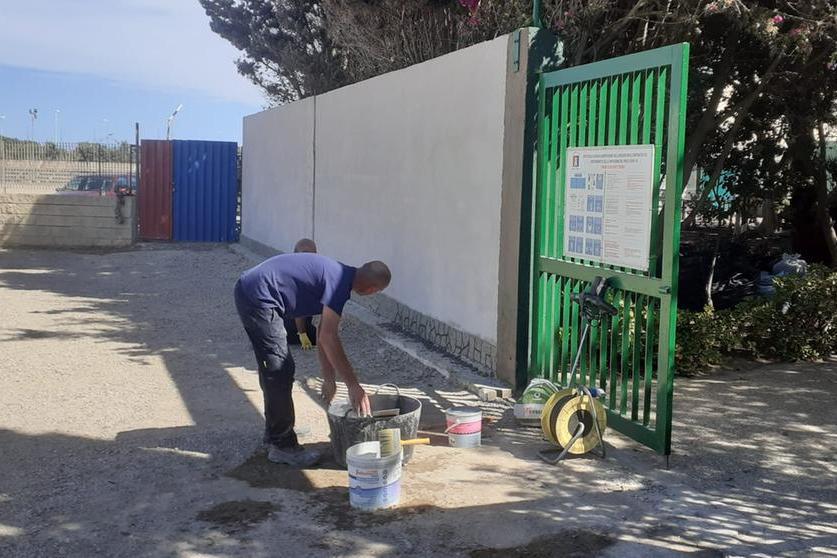 """Porto Torres, trenta operai dellaMultiservizi minacciano di bloccare i cantieri: """"Stipendio da fame"""""""