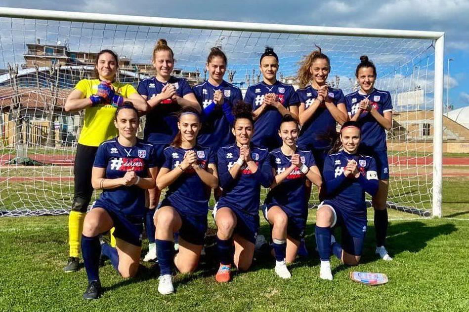 Calcio femminile: la Torres travolge 7-0 la Vis Civitanova