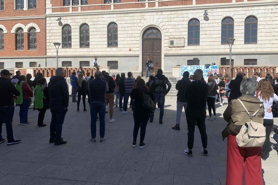Cagliari, la protesta delle partite Iva