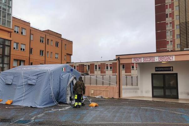 Dorgali, con la moto in una scarpata: morta una donna, ferito il marito