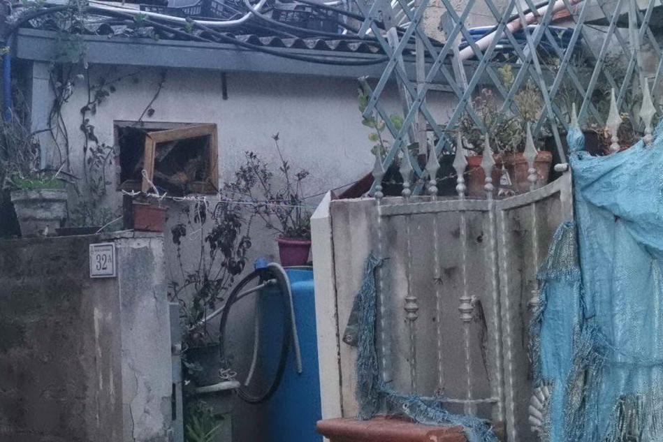 Serramanna, esplode una bombola del gas: pensionato in ospedale