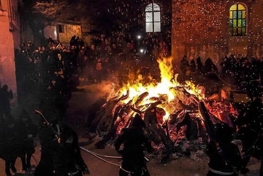 Le prime immagini del Carnevale sardo nella gallery dei nostri lettori