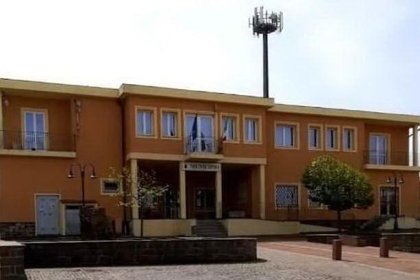 Il municipio di Erula (foto concessa dal Comune)