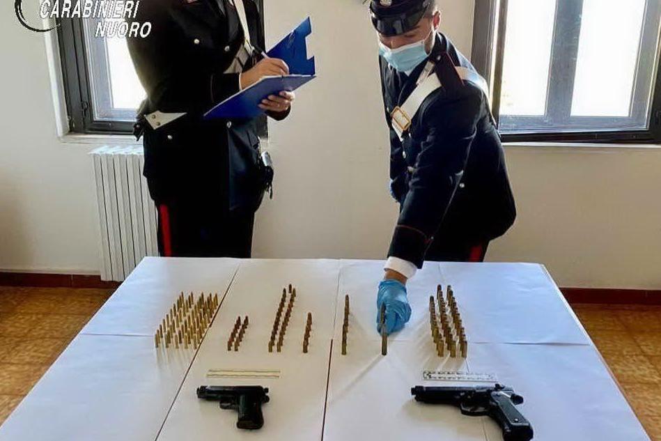 Ulassai, armi e munizioni dietro un muretto a secco: indagini
